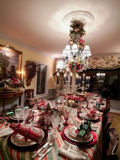 Traditional Red and Green Holiday Dining Room and Table Setting