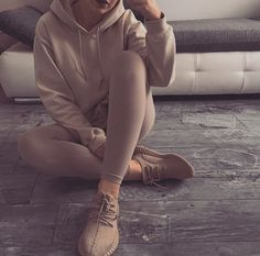 ⋆❈ - Pinterest: dopethemesz ; classy nude aesthetic ; i can see drake's future…