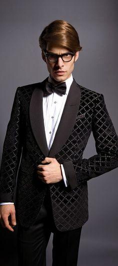 Men's Black patterned dinner jacket. really effective