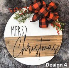 Christmas Signs Wood, Diy Christmas Gifts, Christmas Projects, Christmas Holidays, Christmas Door Hangers, Holiday Signs, Wooden Christmas Crafts, Home For Christmas, Merry Christmas Sign Diy
