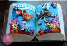 Florida's Make Me My Cake have used the open book cake format to cleverly depict two favourite children's stories – one on each page, also in 3-D effect
