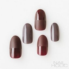 Opting for bright colours or intricate nail art isn't a must anymore. This year, nude nail designs are becoming a trend. Here are some nude nail designs. Acrylic Toes, Self Nail, Elegant Nail Art, Seasonal Nails, Modern Nails, Funky Nails, Luxury Nails, Nude Nails, Coffin Nails