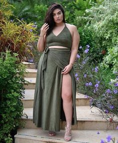 The fashion world has created a buzz with plus size clothing. Now, the plus sized women do not need to worry about their clothes because of the new style statement that has turned the whirl wind.