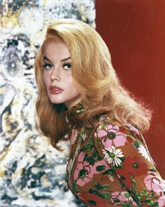 vintage everyday: Ann-Margret: Classic Beauty Icon of the Vintage Hollywood, Hollywood Glamour, Hollywood Stars, Classic Hollywood, Glamour Hollywoodien, Vintage Glamour, Vintage Beauty, Veronica Lake, Ann Margret Photos