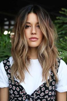 18 Best Winter Hair Colors ★ Trendy ombre hairstyles that make your hair shine . 18 Beste Winter-Haarfarben ★ Trendige Ombre-Frisuren, die Ihr Haar zum Strahle… 18 Best Winter Hair Colors ★ Trendy ombre hairstyles that make your hair shine … 2019 Haircut Styles For Women, Short Hair Styles, Long Hair Styles 2018, Hair Styles Summer, Women Hair Styles, Long Hair Cuts 2018, Hair Cuts For Long Hair With Bangs, Haircuts For Girls, Bangs Long Hair
