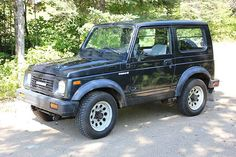 88 suzuki samurai--mine was black w/pink scrunched gra[hics, had for 14 years, one tough little mudder, had to pull out my husbands jeep from the snowy ditch....lol