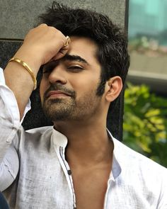 Pearl v puri. Handsome Actors, Cute Actors, Handsome Boys, Cute Celebrities, Bollywood Celebrities, Bollywood Fashion, Celebs, You Are Cute, Blonde Bob Cuts