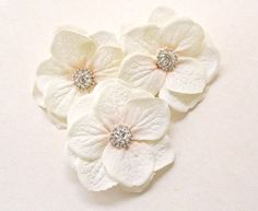 Ivory Flower Hair Clips 3pcs Wedding Hair by BelleBlooms on Etsy