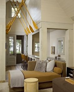 Creating Coastal Look With Wooden Oars