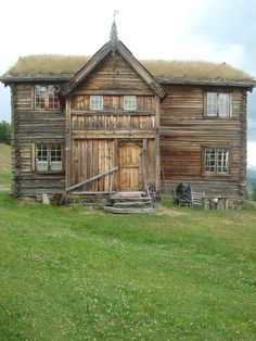 A home in Norway, makes me think my gr- gr-grandparent's home looked like this