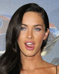 Apr 2020 - Another celebrity joins the LEAKED sex tape club, and this time it is Hollywood's hottest member - Megan Fox! The tape shows a young Megan getting dirty. Megan Fox Face, Megan Fox Sexy, Megan Fox Makeup, Megan Fox Style, Megan Denise Fox, Megan Fox Eyebrows, Estilo Megan Fox, Megan Fox Fotos, 2000s Hairstyles