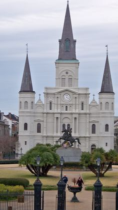 New Orleans- getting married in THAT chruch