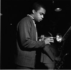 Freddie Hubbard in the RVG studio for Blue Note Records / photo by Francis Wolff Jazz Artists, Jazz Musicians, Francis Wolff, Freddie Hubbard, Jazz Trumpet, A Love Supreme, Sax Man, Musician Photography, Trumpet Players
