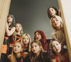 Twice Mv, Twice Kpop, Kpop Girl Groups, Korean Girl Groups, Kpop Girls, Billie Eilish, Oppa Gangnam Style, Twice Photoshoot, Japanese Singles