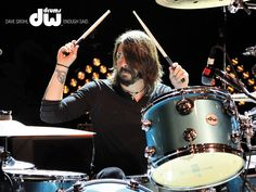 Dave Grohl with DW Kit in Sky Blue