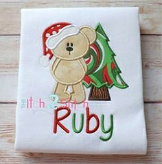 Christmas Bear Tree Applique - 3 Sizes! | Christmas | Machine Embroidery Designs | SWAKembroidery.com The Itch 2 Stitch