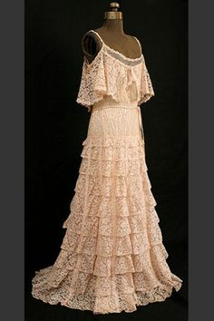 Chanel numbered couture, c.1937, lace evening dress