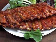 Are you wondering how to barbecue ribs? Check out this article and learn all you need to know about how to barbecue ribs. Costillitas Bbq, Bbq Ribs, Baked Ribs, Oven Baked, Ketchup, Wok, Smoked Pork Ribs, Zesty Sauce, Bolet