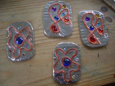 make a viking brooch. **but without the jewels and rub n buff** for HOD unit 23