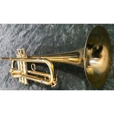 Made by Wayne Tanabe before he was recruited to go work for Yamaha. This is number 6 of only 12 made. bore with Bauerfine valves and a rimless bell ( no bead ) like the Conn. Copper, Brass, Trumpets, It Works, Flare, Chicago, Gold, Trumpet, Nailed It