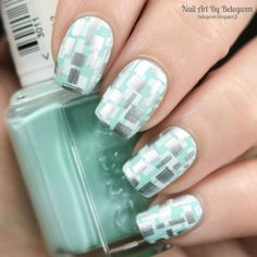 Nail Art by Belegwen: Essie Blossom Dandy with silver and white stamps