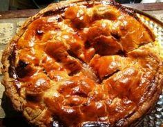 Délicieuse tarte aux pommes et au sucre à la crème. Recette du Quebec.