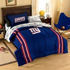 New York Giants - I want this bed set. It's awesome.