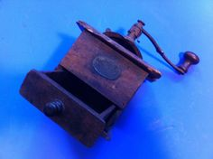 Americana, wooden small coffe grinder - mill, Japy Freres, Paris 1800