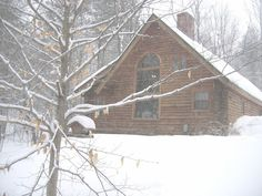 Leave No Trace - Cozy Furnished Log Cabin in WoodsVacation Rental in Woodstock from Cabin Rentals, Large Windows, Home And Away, Woodstock, Vermont, Acre, Ideal Home, Cozy, Explore
