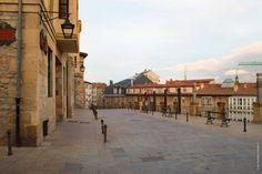 EXPOCHESS VITORIA-GASTEIZ 2016 es un festival cultural que tiene como misión unir diferentes ramas del arte con el Ajedrez y las mujeres para lograr la transversalidad cultural del universo ajedrec…