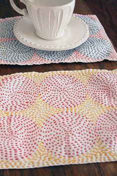 hananiwa sashiko Sashiko Embroidery, Japanese Embroidery, Hand Embroidery Stitches, Hand Quilting, Cross Stitch Embroidery, Embroidery Patterns, Kantha Quilt, Quilts, Contemporary Embroidery
