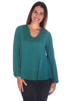Teal Crochet Collared Blouse #wholesaleclothing #wholesalefashion #womenswholesaleclothing #wholesaledresses #wholesaleromper