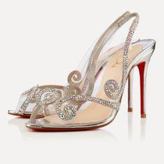En Riomar fotógrafos nos gustan estos elegantes zapatos de novia tendencia 2014. http://riomarfotografosdeboda.com