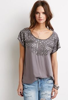 I like the interesting detail of this top