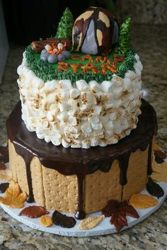 Camping theme smores birthday cake boys guys ideasFun Ways to Serve S'mores at a Kids' Party. Camping Theme Cakes, Camping Birthday Cake, Cake Birthday, Birthday Cakes For Boys, Campfire Cake, Smores Cake, Cakes Originales, Cake Cookies, Cupcake Cakes