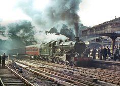 """Pictured at Birmingham Snow Hill in 1964 4079 Pendennis Castle. By Train, Train Tracks, Train Art, Diesel Locomotive, Steam Locomotive, Old Steam Train, Steam Railway, Old Trains, British Rail"