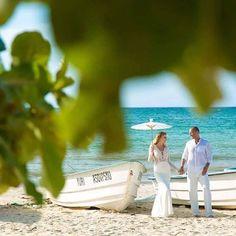 Pani Kamila w sukni Pola zachwyca 😍😍😍 Gratulujemy Młodej Parze ❤❤❤ #lovestory #magicmoments #truelove #perfectbride #perfectcouple #PolaDress #Dominikana