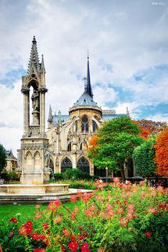 Notre Dame de Paris* by Viktor Korostynski, via 500px