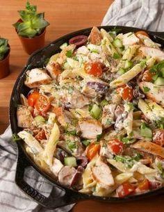 34 Greek Recipes That'll Transport You To The Aegean - Pasta - Pasta Rezepte Chicken Pasta Dishes, Chicken Recipes, Greek Chicken Pasta Recipe, Pasta Food, Pesto Pasta, Shrimp Pasta, Pasta Salad, Tortellini, Penne