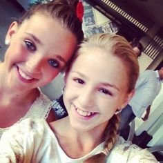 Kendall Vertes and Chloe Lukasiak