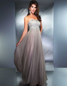 Gorgeous prom gowns featuring sequins and beads, elegant lace, romantic florals, and daring styles. Discover why Mac Duggal designs are the dream dresses of so many girls Designer Evening Dresses, Chiffon Evening Dresses, Strapless Dress Formal, Pageant Dresses, Homecoming Dresses, Graduation Dresses, Nice Dresses, Formal Dresses, Prom Dress Shopping