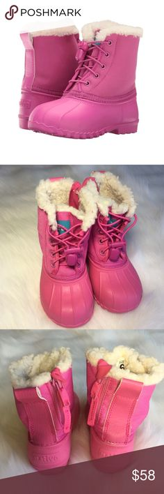 Native Girls Winter Snow or Rain Boots - Pink Now you can have comfort and versatility with this adorable Native Boot! Size 6. Pink! EVA upper, lining, and sole are comfortable and lightweight so that you can run, jump, and play. Nylon boot shaft with heel pull tab and partial zipper on side for easy on and off. Elastic laces with toggle for an adjustable and secure fit. Plush synthetic lining to help keep little feet and toes warm. Anti-microbial/Odor resistant! Vegan! Durable traction…