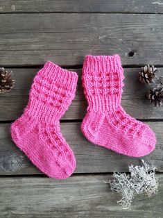 Jules-sukat lapselle Baby Knitting, Socks, Style, Fashion, Swag, Moda, Fashion Styles, Baby Knits, Sock