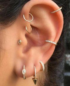 Gold Filled Conch Ear Cuff wide no piercing faux piercing earcuff minimalist fake piercing cartilage cuff earrings dainty jewelry minimal - Custom Jewelry Ideas Lobe Piercing, Tragus Piercings, Ear Peircings, Cute Ear Piercings, Multiple Ear Piercings, Second Piercing, Piercing Tattoo, Piercings For Small Ears, Ear Piercings