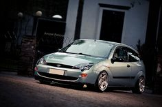 Ford Focus mk1 low, big rims