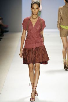 Tracy Reese Spring 2009 Ready-to-Wear Fashion Show - Joan Smalls
