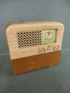 VTG 1946/47 Delco R-1409 Vacuum Tube AM Radio