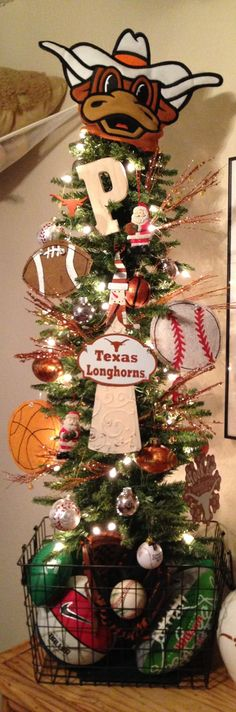 Texas Longhorns / Sports Themed Christmas Tree