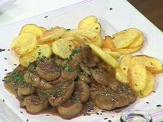 Riñones de ternera al Jerez Cravings, Favorite Recipes, Beef, Chicken, Rica Rica, Food, Cupcakes, Gastronomia, Gourmet