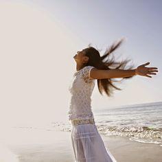 coisa de mulher...entre outras coisas...: Você quer ser feliz ou ter razão......Felicidade...Simples assim, abra os braços e receba as bênçãos por ter nascido e viva cada momento com liberdade...  figura reproduzida